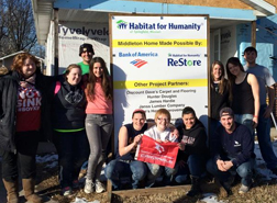 Alternative Spring Break 2015 SVSU students build Habitat for Humanity House
