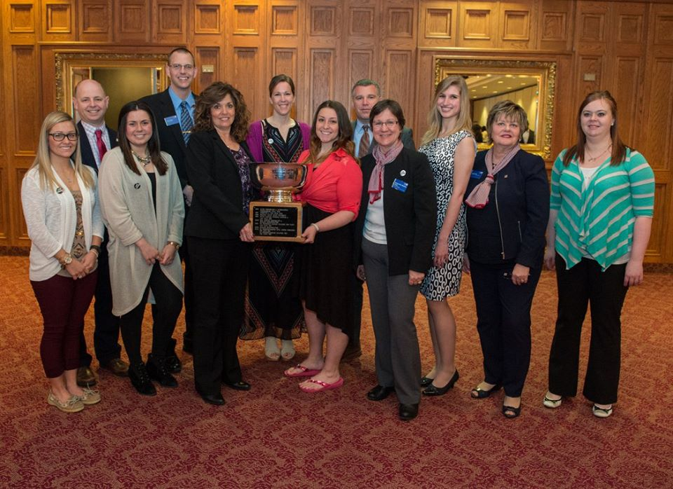 SVSU receives the large firm Hetherman Award from United Way of Saginaw County.