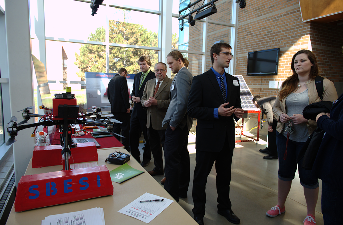 Fall 2015 SVSU Engineering Symposium