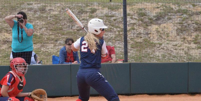 Evy Lobdell had a hit in each game for SVSU at Wayne State...