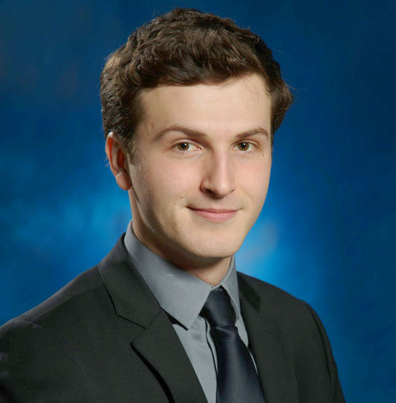 Headshot of moot court standout Gabe Klotz