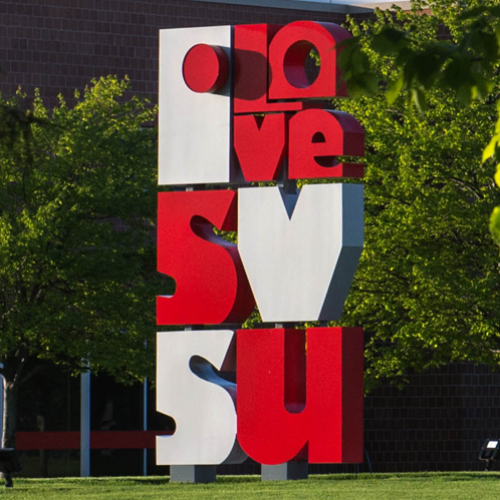 Picture of the Love SVSU statue on campus
